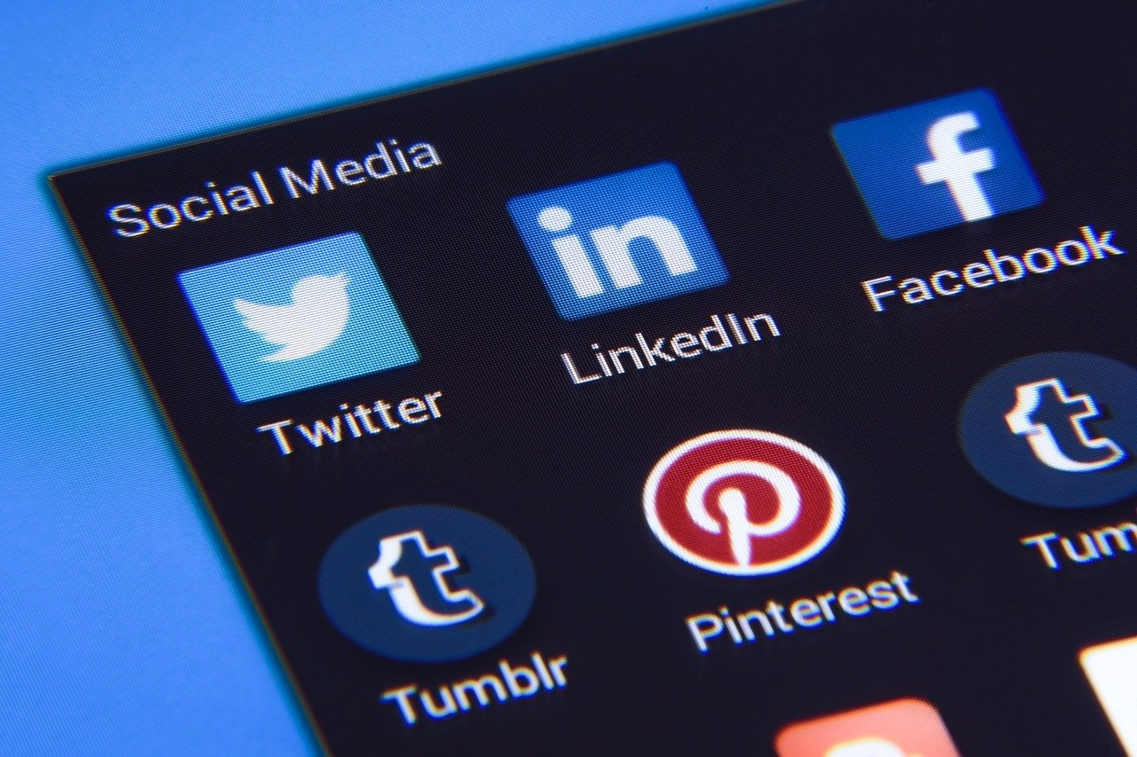 Mobile Marketing affects Social Media Marketing